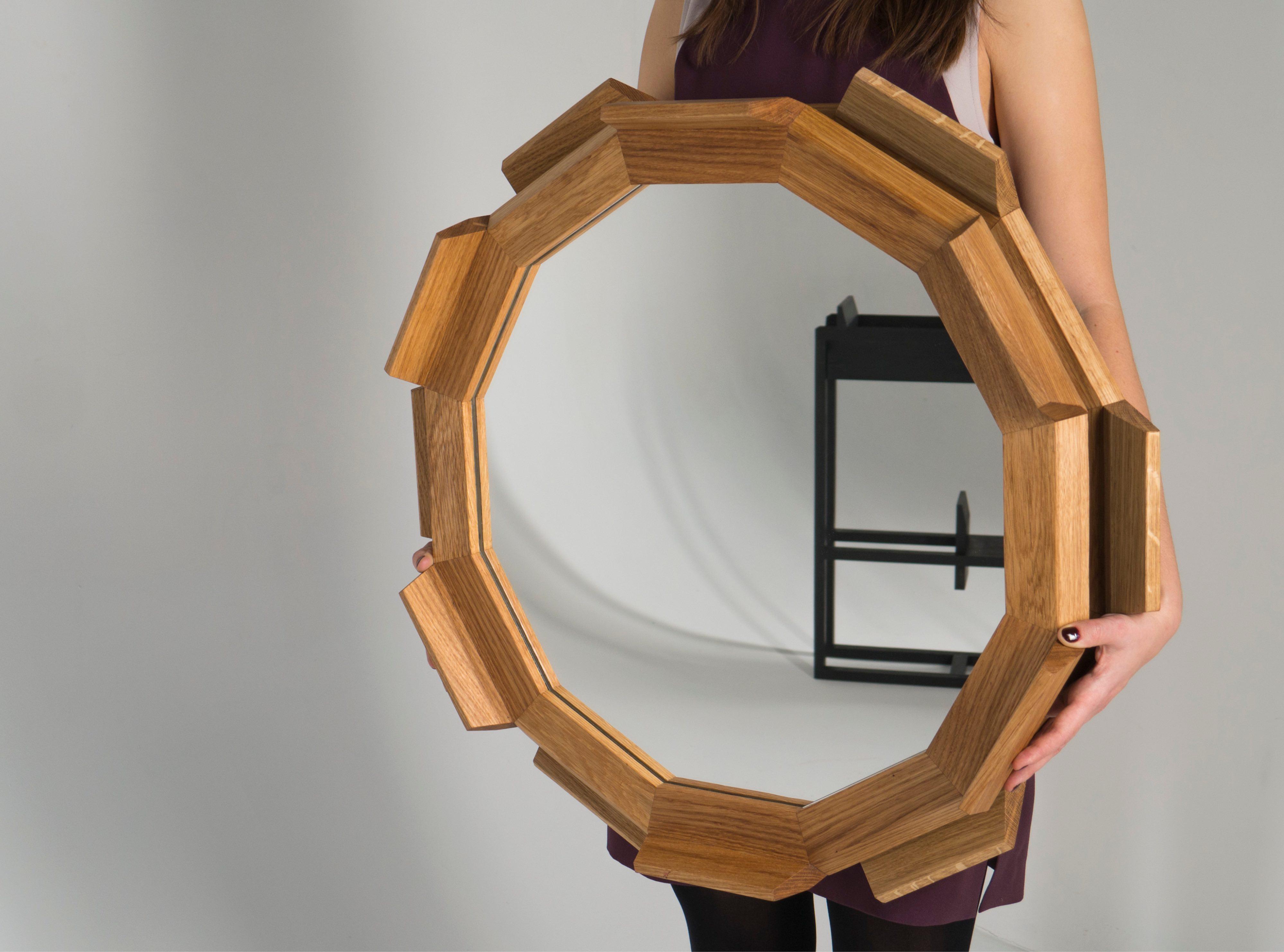 Круглое зеркало из массива дуба Kupus 6 от Fly Massive Millworks